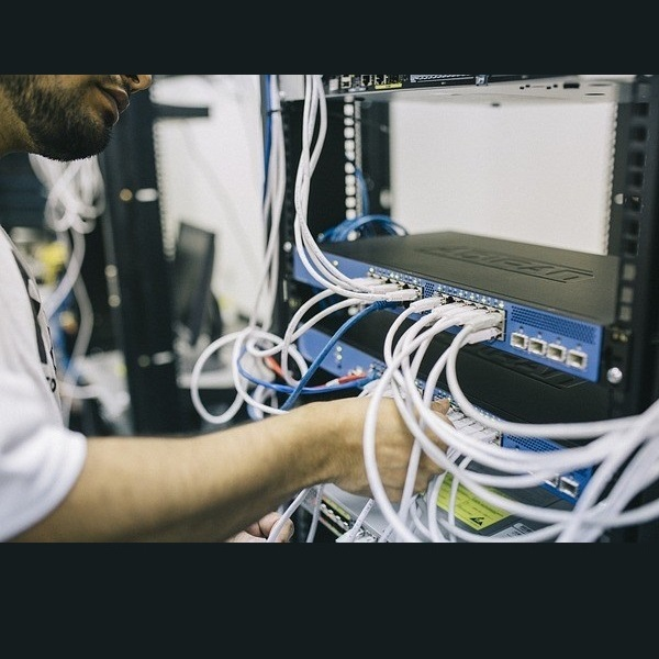 تعمیر و نگهداری سیستم های مخابراتی داخلی نیروگاه کارون 3